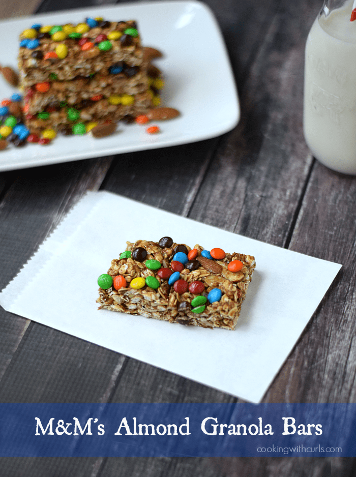 M&M's Almond Granola Bars | cookingwithcurls.com | #HeroesEatMMs #CollectiveBias #shop