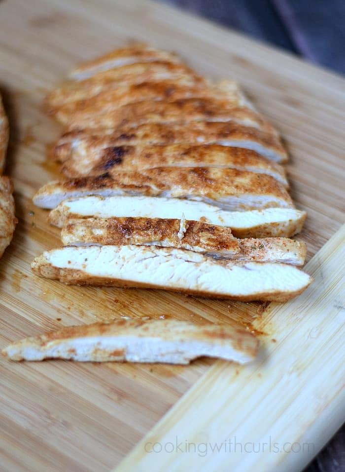 Southwest Chicken | cookingwithcurls.com #bonelesschicken