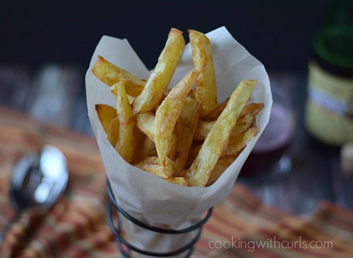 Homemade French Fries  cookingwithcurls.com | #pommesfrites