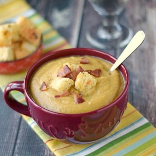 A big bowl of Split Pea Soup with Homemade Croutons and Bacon! cookingwithcurls.com