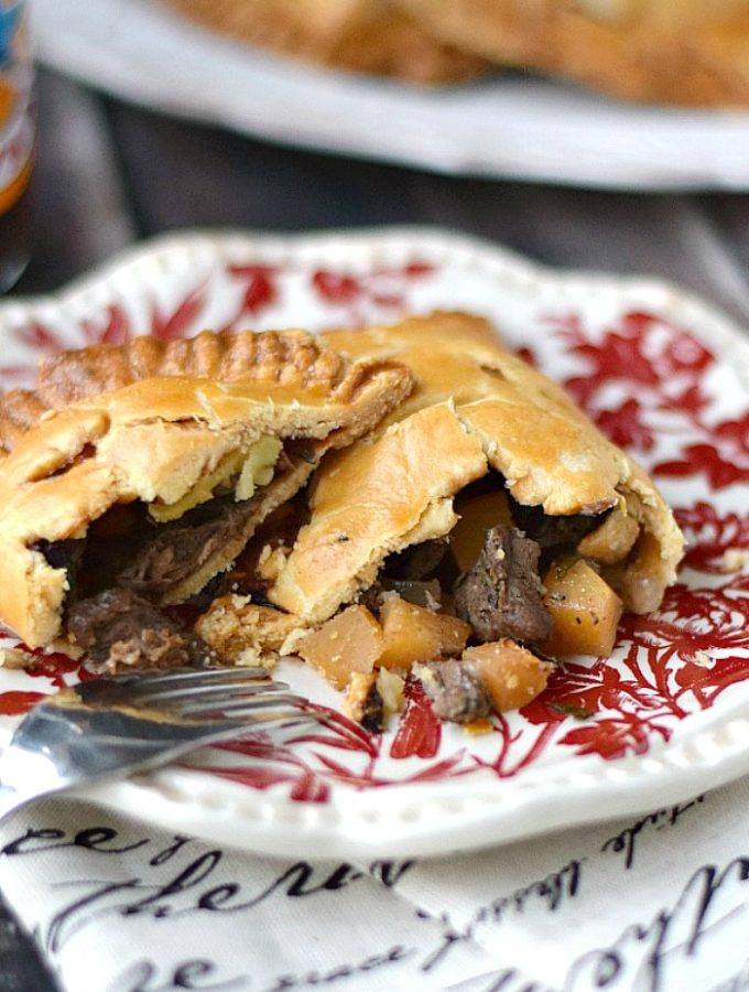 An American's take on traditional Cornish Pasties! cookingwithcurls.com