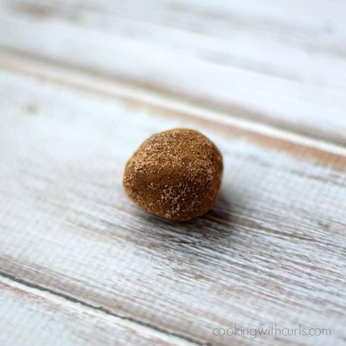 Chocolate Bourbon Truffles | cookingwithcurls.com #cinnamonsugar