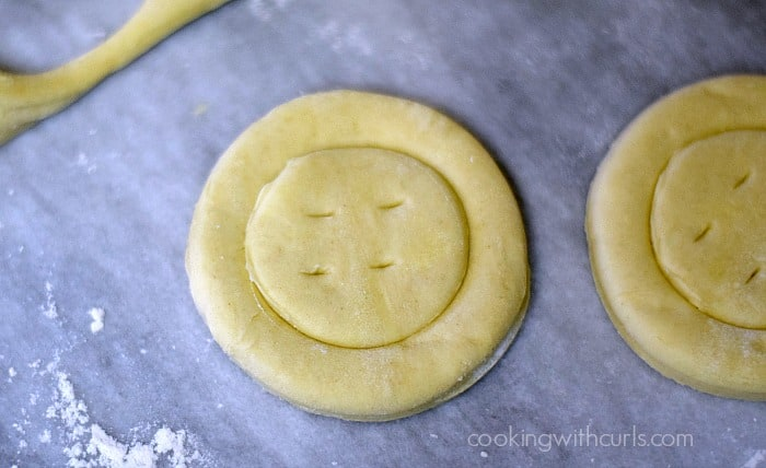 Lemon Curd Tarts prick cookingwithcurls.com