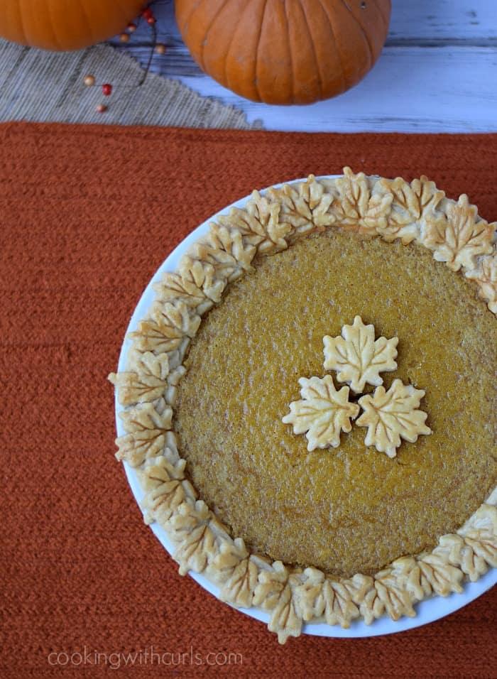 Pumpkin Pie | cookingwithcurls.com