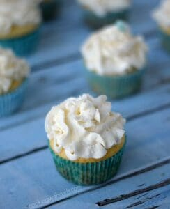 White Chocolate Champagne Cupcakes