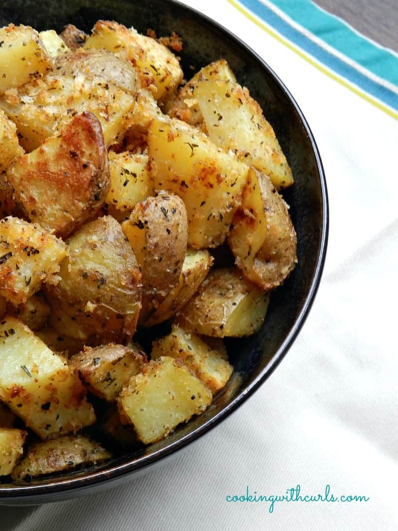 Crispy Herb Roasted Potatoes by cookingwithcurls.com