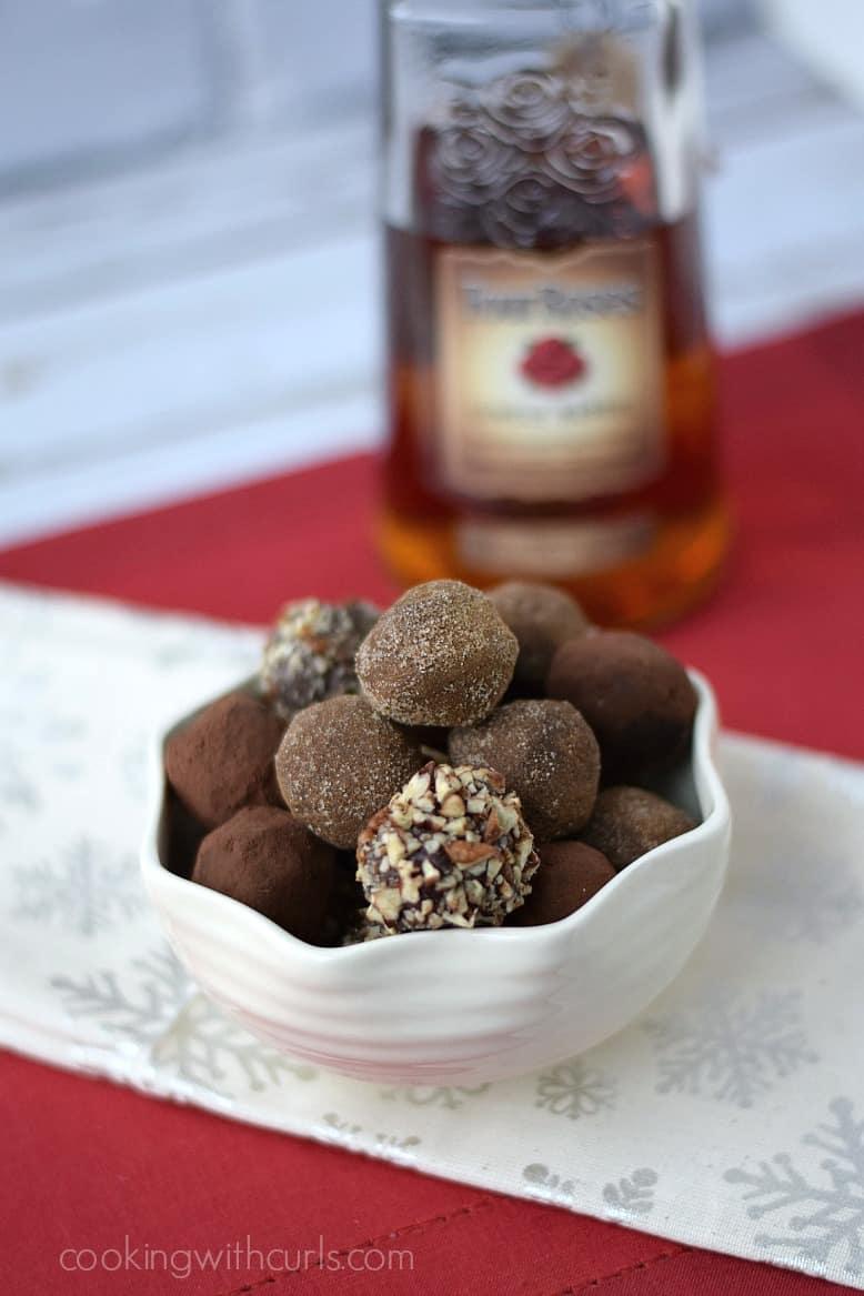 Dark Chocolate Bourbon Truffles | cookingwithcurls.com #FourRosesBourbon #FrontierCoop