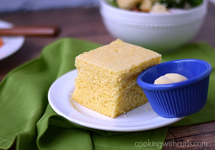 Hot, fresh Cornbread with Honey Butter | cookingwithcurls.com