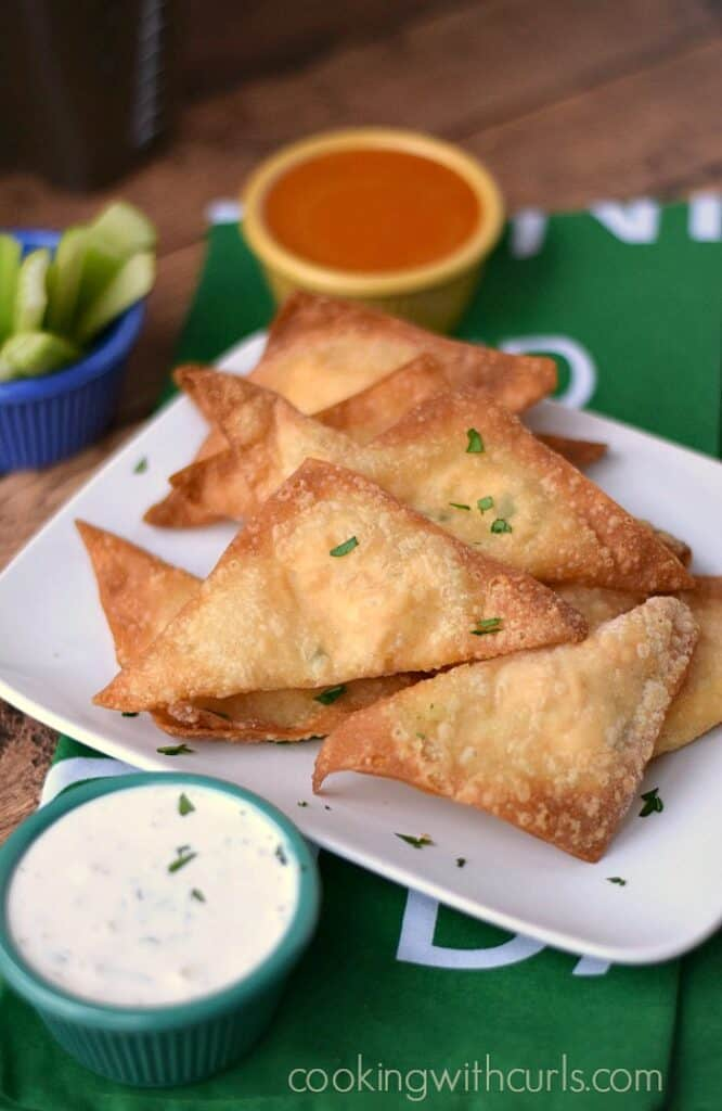 A spicy twist on my favorite appetizer, makes these Buffalo Chicken Rangoons perfect for game day! cookingwithcurls.com