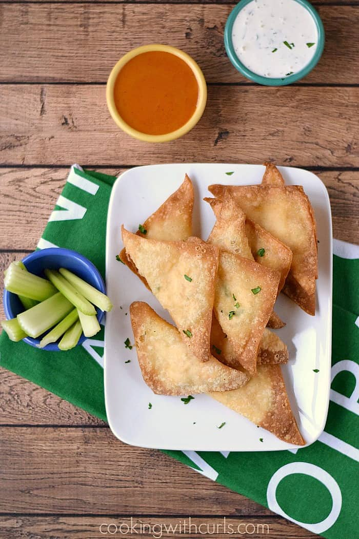 Buffalo Chicken Rangoons - perfect appetizers for game day cookingwithcurls.com