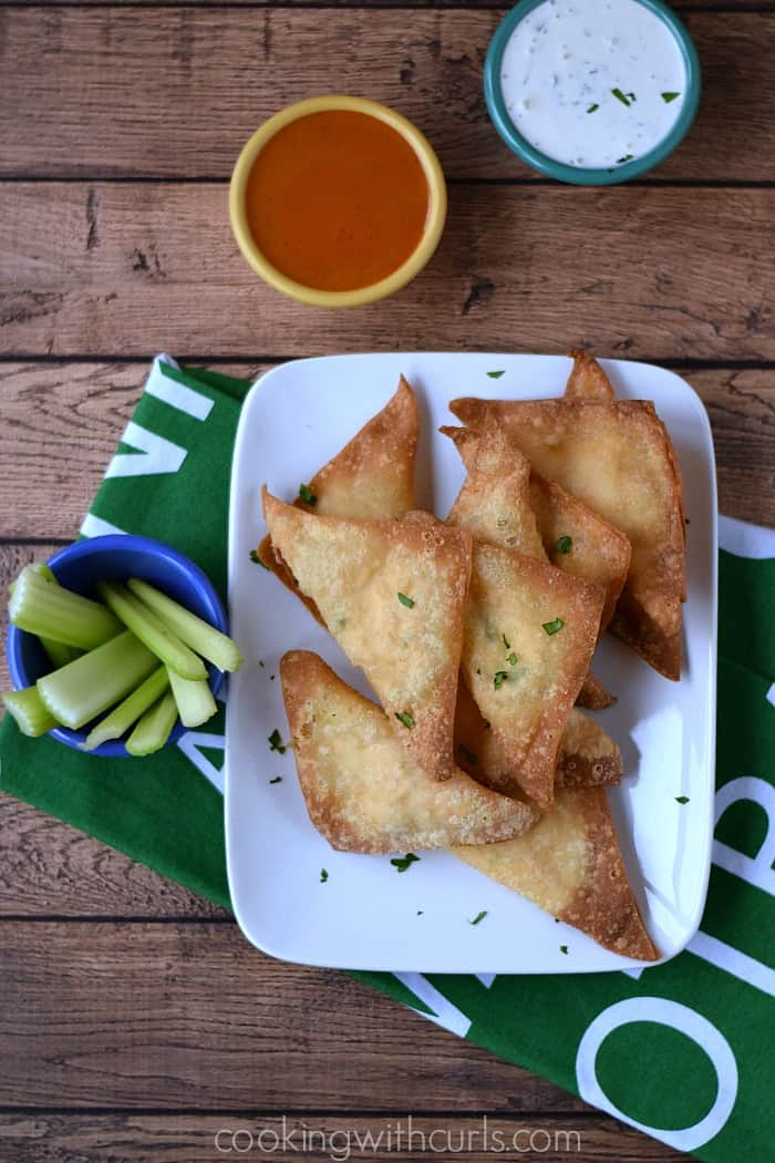Buffalo Chicken Rangoons - perfect appetizers for game day | cookingwithcurls.com