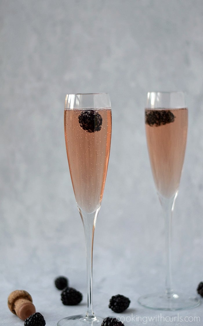 Chamobord® Royale | cookingwithcurls.com #cocktailhour