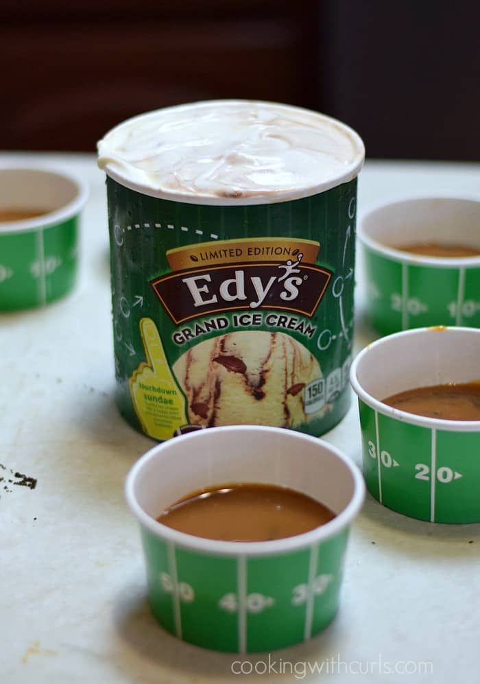 Edy's® Grand Ice Cream touchdown sundae cookingwithcurls.com #GameDayMVP #ad