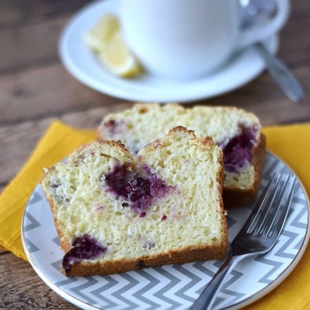 Lemon Blackberry Bread | cookingwithcurls.com | #Ad #SweetWarmUp