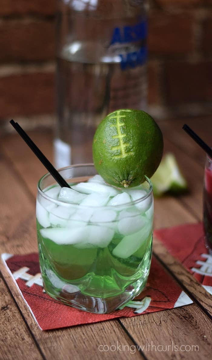 Super Bowl 2015 Cocktails Seahawks | cookingwithcurls.com #gameday