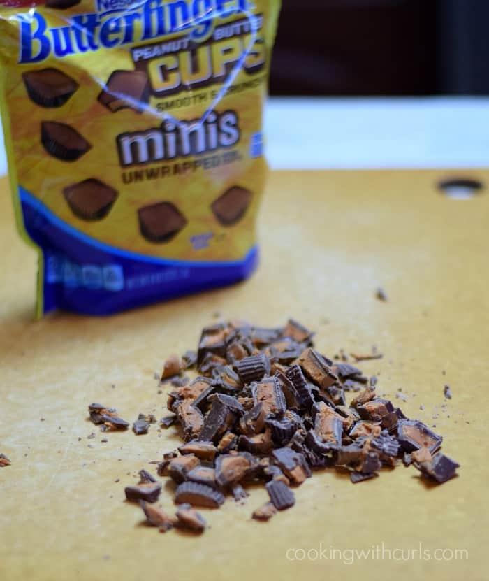 Touchdown Sundae Pie Butterfinger Peanut Butter Cups chops cookingwithcurls.com