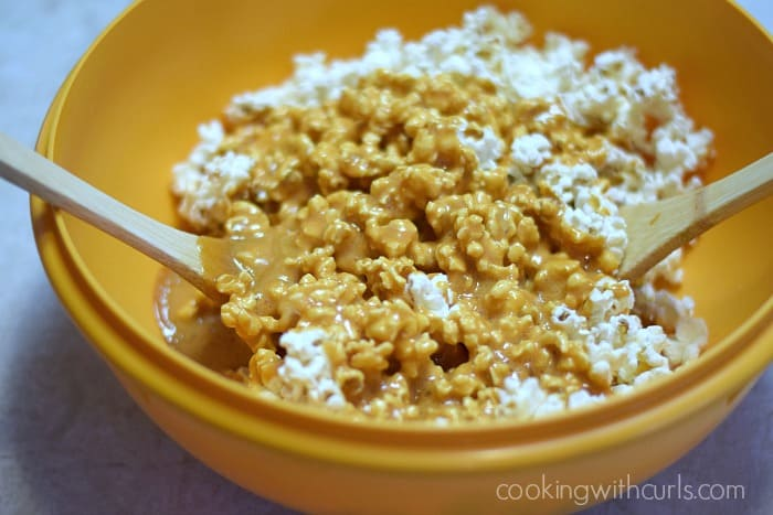 Honey Lemon Popcorn toss cookingwithcurls.com