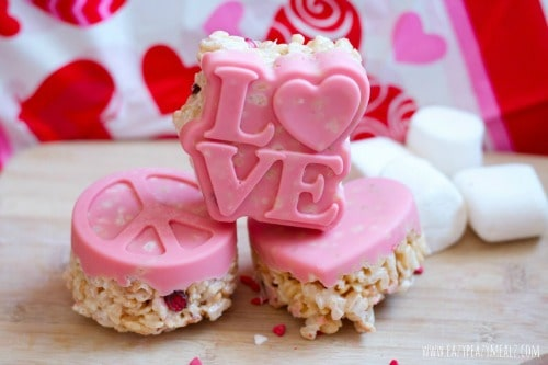 chocolate-molded-rice-crispy-vday 500