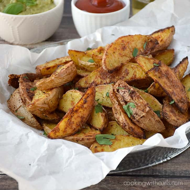 Baked Potato Wedges make the perfect side dish cookingwithcurls.com