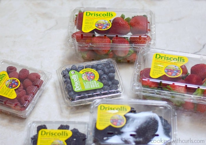 Fresh Berries Cookie Pizza with Driscoll's Berries  cookingwithcurls.com