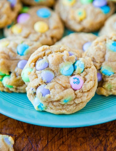 Soft and Chewy M&Ms Cookies450