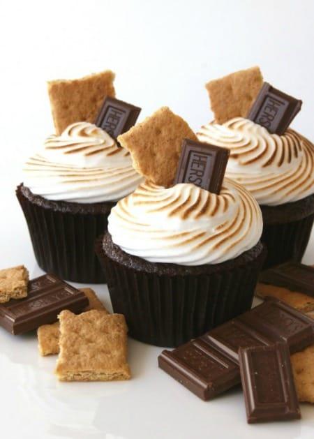 smores-cupcakes-tall-450