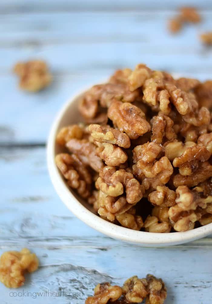 Baklava Candied Walnuts | cookingwithcurls.com  #CAWalnuts