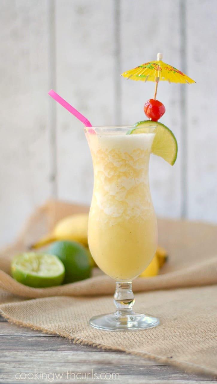 Frozen Banana Daiquiri - a refreshing taste of the tropics! cookingwithcurls.com