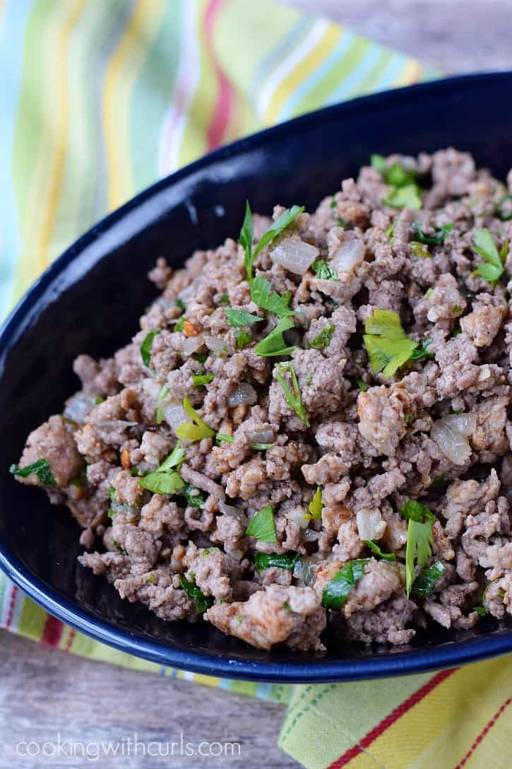 Italian Seasoned Ground Beef - the perfect base for meat sauce or filling for calzones | cookingwithcurls.com