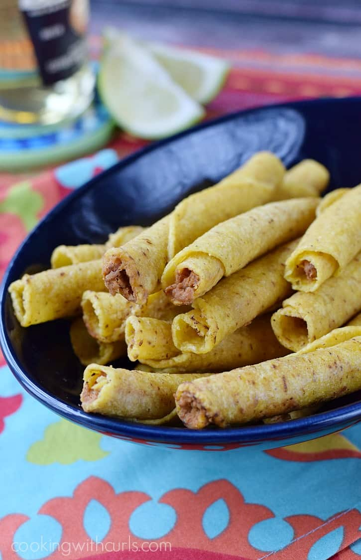 José Olé Shredded Steak Taquitos and Queso Blanco Dip  cookingwithcurls.com #FlavoryourFiesta #cbias #ad