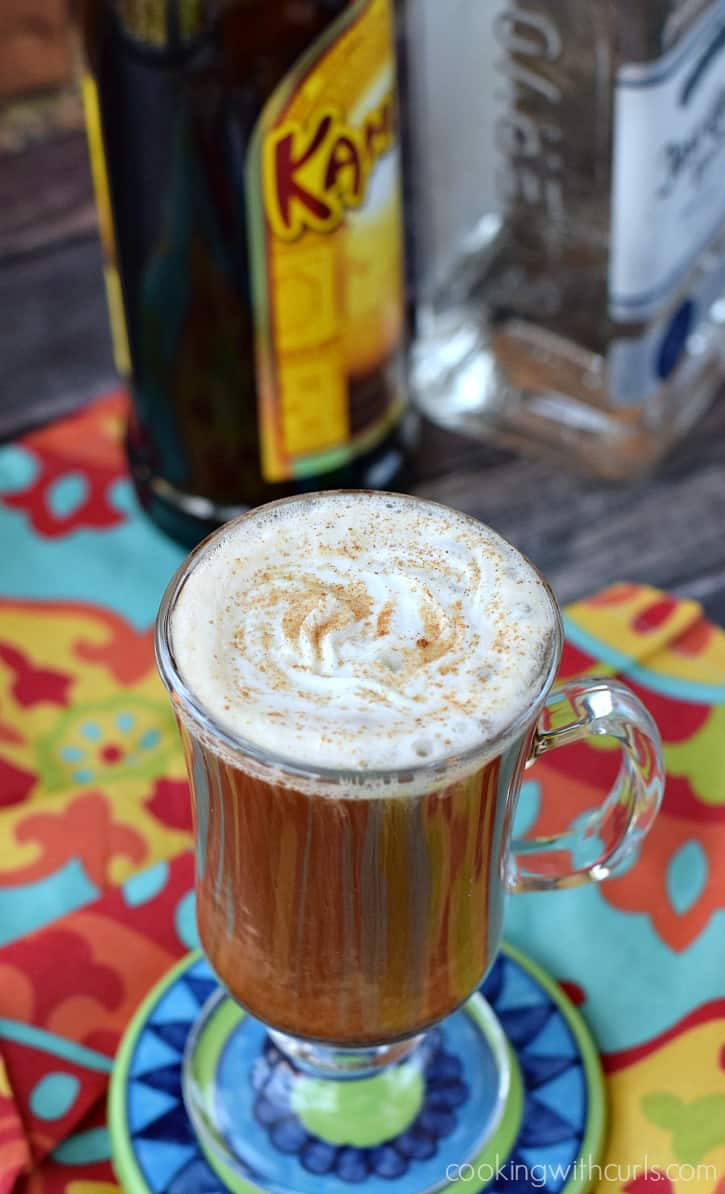 Mexican Coffee Cocktail | cookingwithcurls.com #HamiltonBeach #FlexBrew