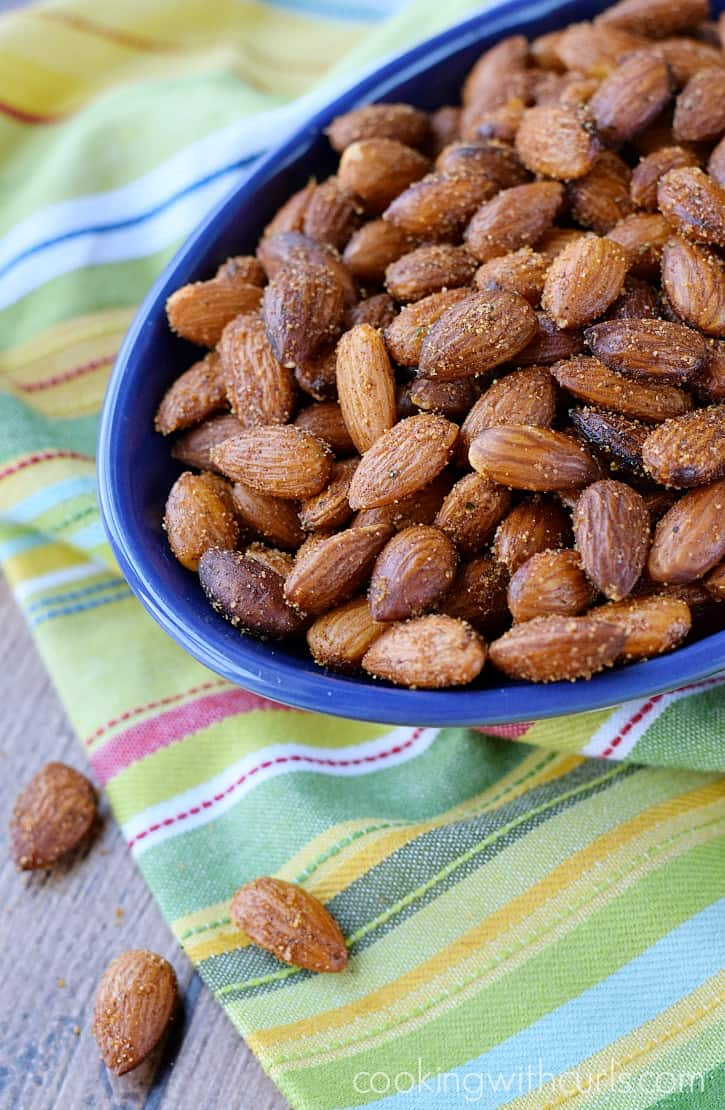 Sweet & Spicy Almonds for all of your snacking needs | cookingwithcurls.com