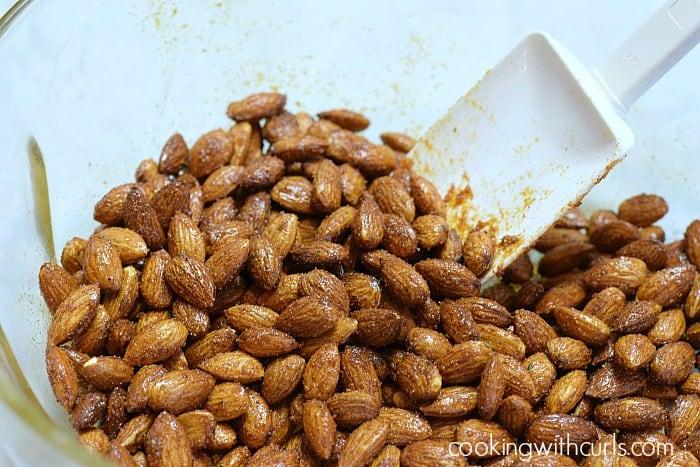Sweet & Spicy Almonds stir cookingwithcurls.com