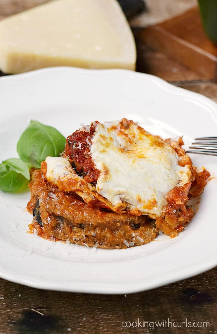 Gluten-free Eggplant Parmesan, baked not fried and topped with Homemade Marinara Sauce cookingwithcurls.com #BretonGlutenFree
