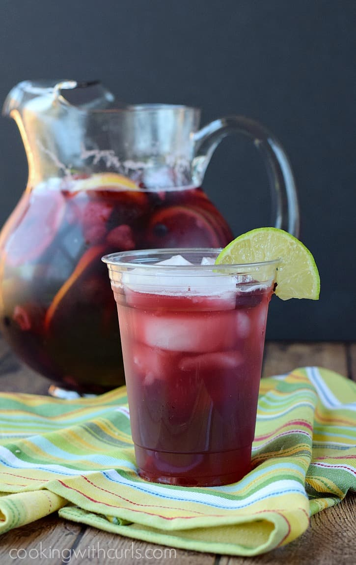 Summer Berry Sangria - celebrate Summer with family, friends, and #ArborMist | cookingwithcurls.com #StartSummer #ad