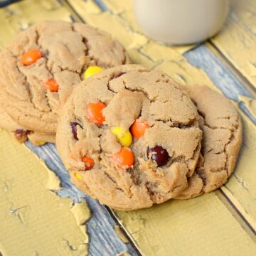 The Best Peanut Butter Cookies with Reese's Pieces!! cookingwithcurls.com