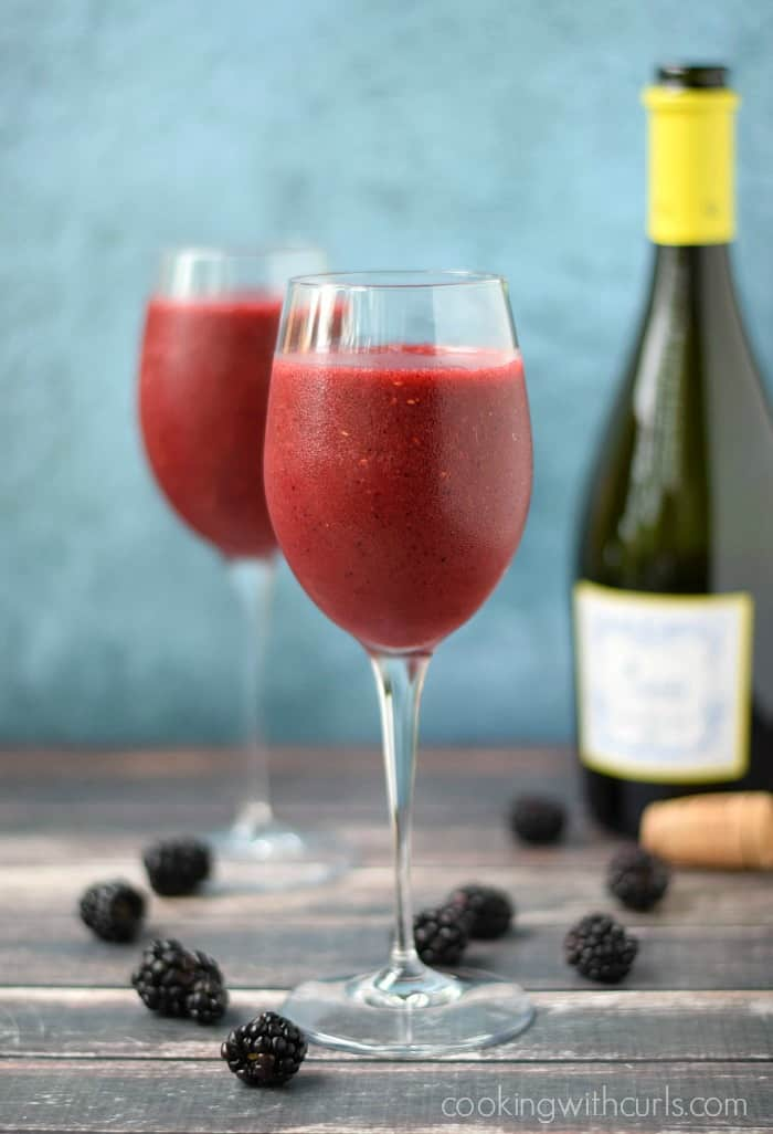 Wine Smoothie | cookingwithcurls.com