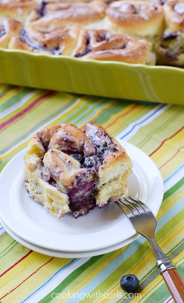 Blueberry Sweet Rolls with Lemon Glaze - Cooking With Curls