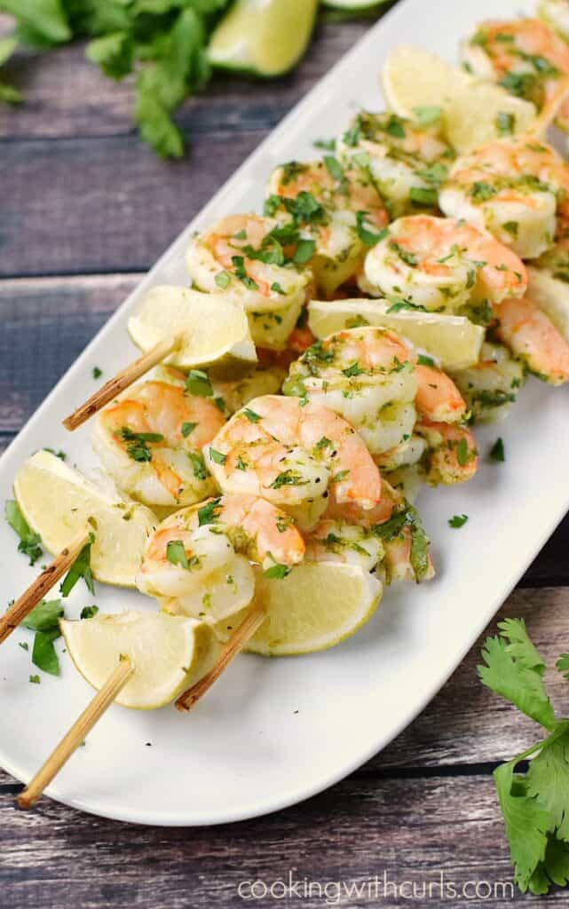 Tangy and delicious Cilantro Lime Shrimp for the perfect appetizer. cookingwithcurls.com