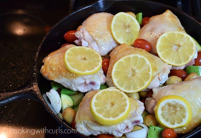 Lemon-Garlic Skillet Chicken with Vegetables bake cookingwithcurls.com