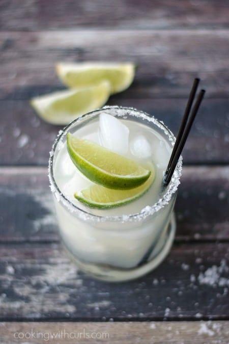 Classic Margarita | cookingwithcurls.com