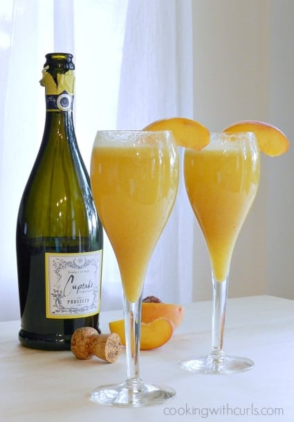 Peach Bellini  cookingwithcurls.com