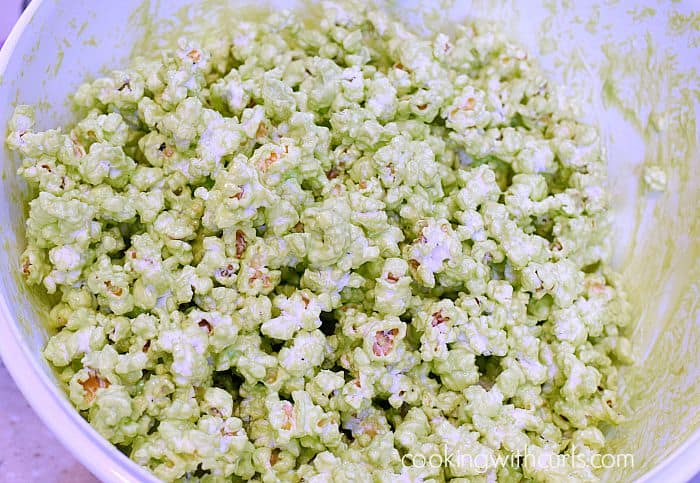 Monster Mash Popcorn mix cookingwithcurls.com