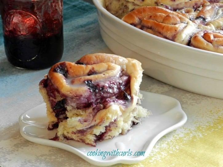 Blueberry Swirl Rolls cookingwithcurls WM