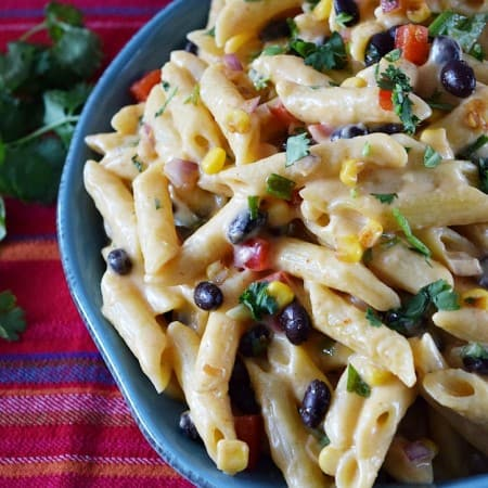 Fiesta Macaroni and Cheese | cookingwithcurls.com