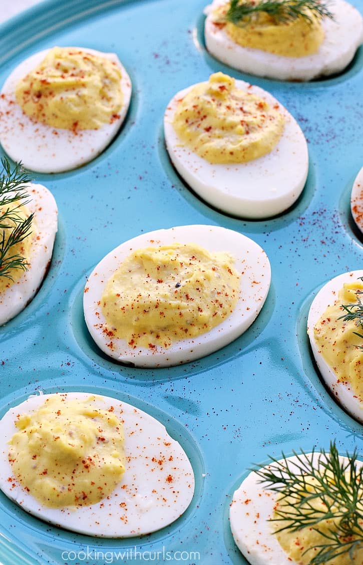 Classic Deviled Eggs | cookingwithcurls.com