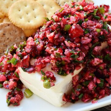 Cranberry Salsa - sweet and tangy with a hint of heat from the jalapenos | cookingwithcurls.com