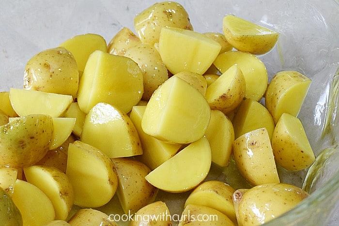 Crispy Italian Roasted Potatoes slice cookingwithcurls.com