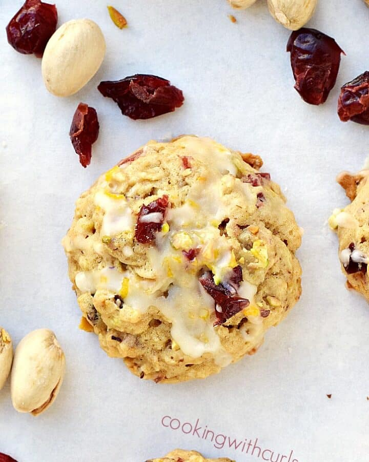 These Cranberry Orange Pistachio Cookies are loaded with flavor and are meant to be shared | cookingwithcurls.com