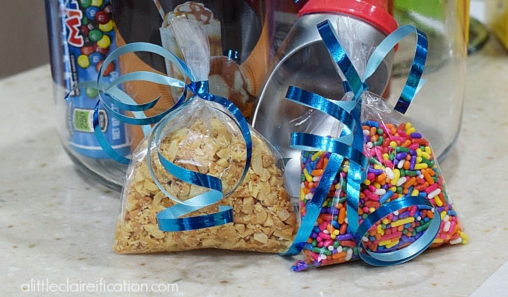 Gift-in-a-Jar for Ice Cream Lovers nuts alittleclaireification.com